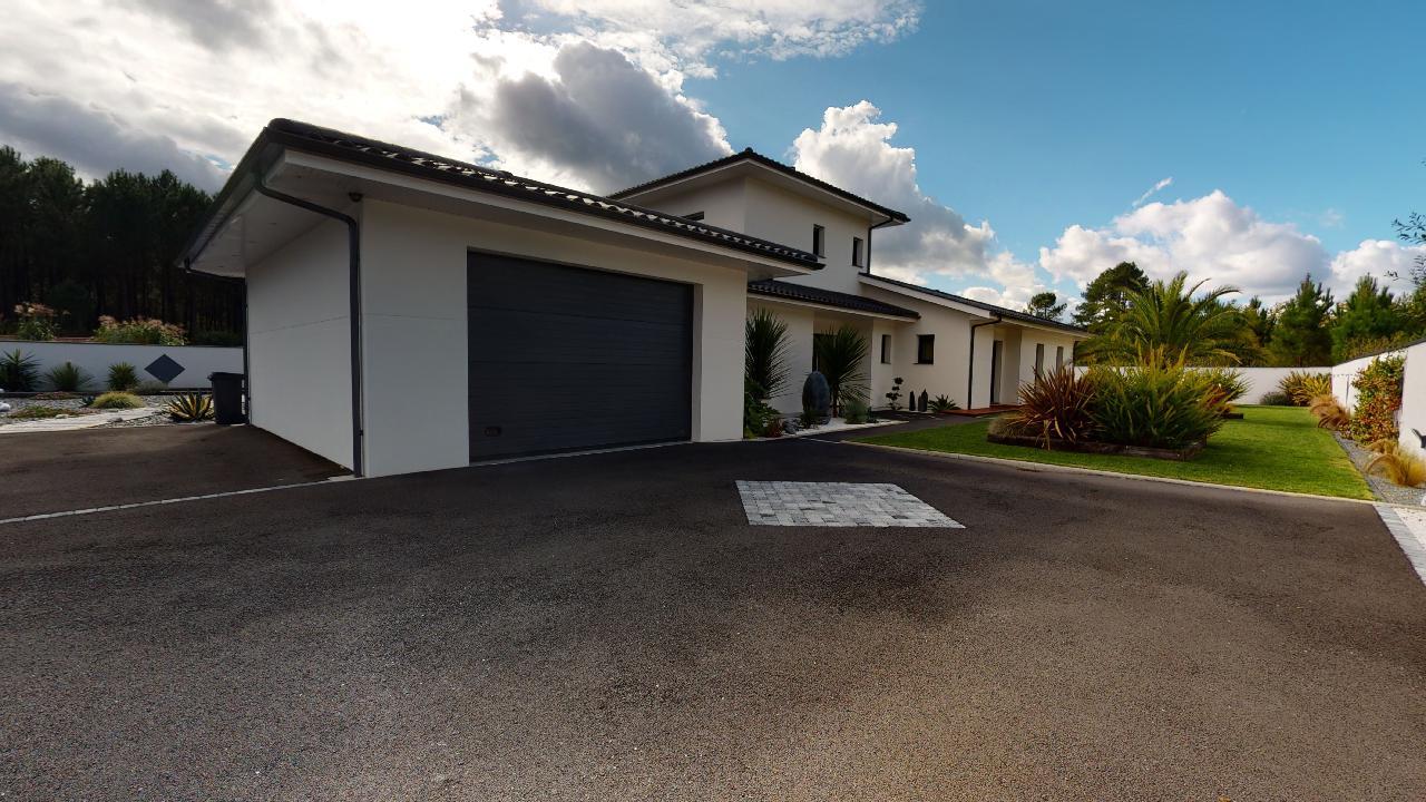 Exceptionnelle-Villa-Mios-10142020_090406