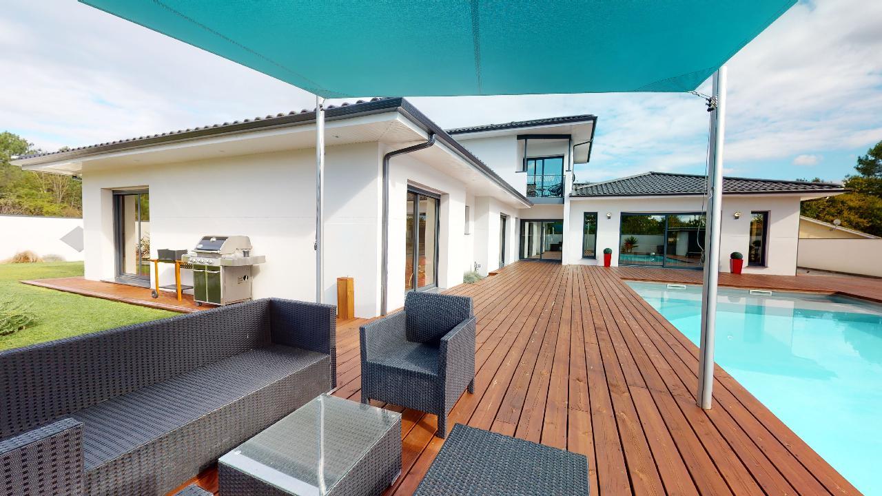 Exceptionnelle-Villa-Mios-10142020_090504