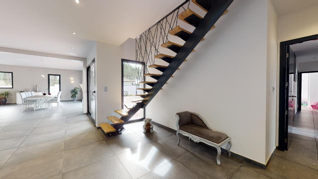 Exceptionnelle-Villa-Mios-10142020_090710