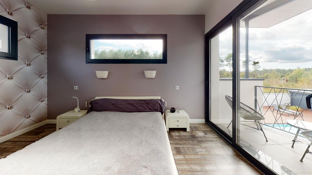 Exceptionnelle-Villa-Mios-Bedroom(2)