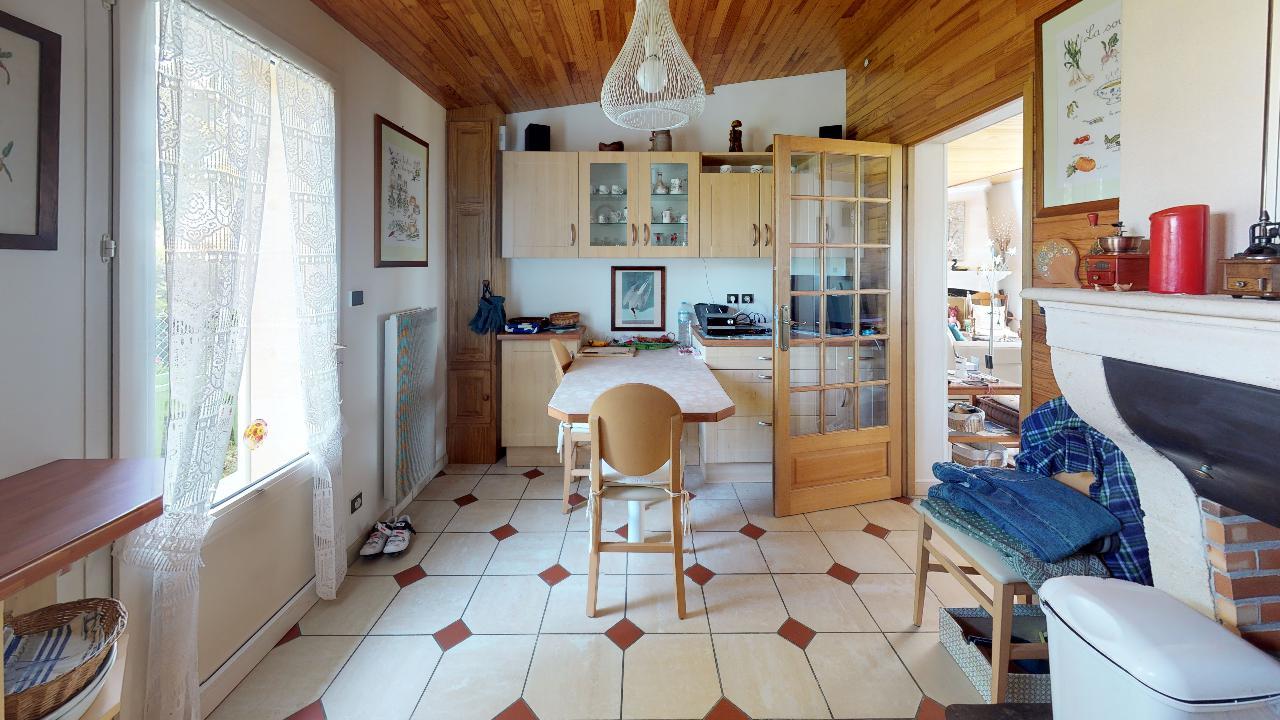 Premiere-ligne-Andernos-Les-Bains-Kitchen